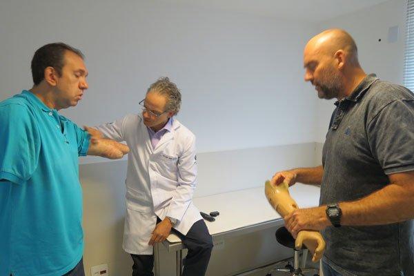protese myoeletrico ipo.jpg